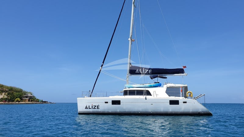 ALIZE :: ALIZÉ anchored out