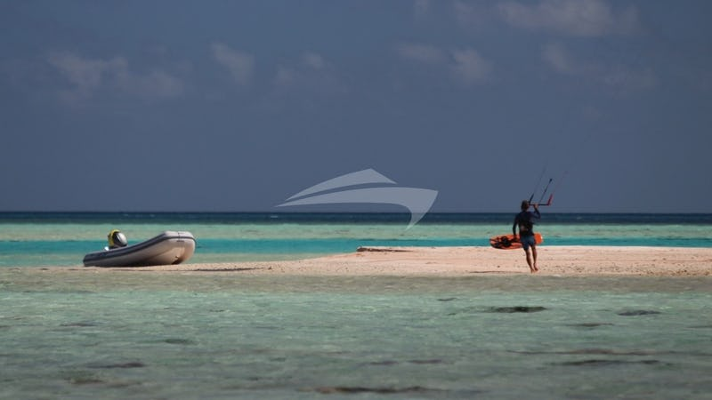 SKYLARK :: Experienced kiteboards love the Grenadines