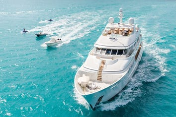 120ft Yacht PURE BLISS