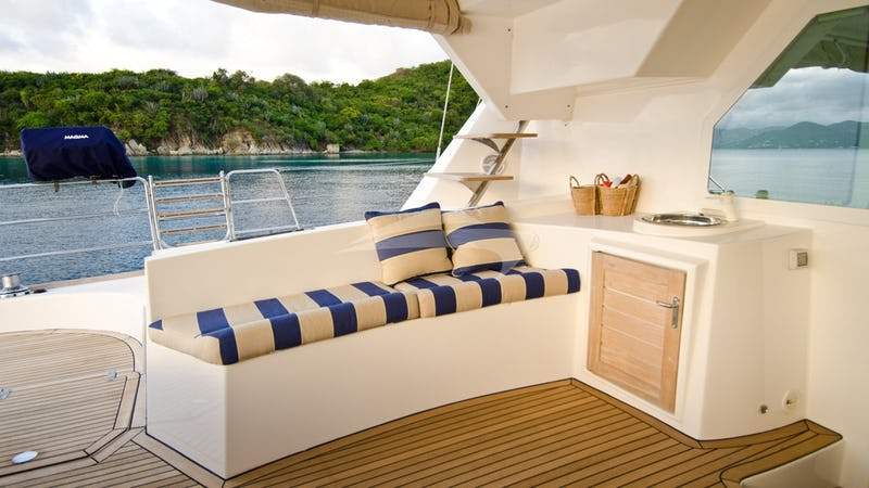 XENIA 62 :: Aft Deck