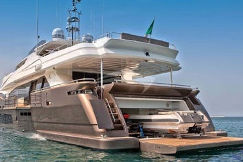 124ft Yacht LADY DIA