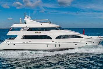 114ft Yacht SCOTT FREE