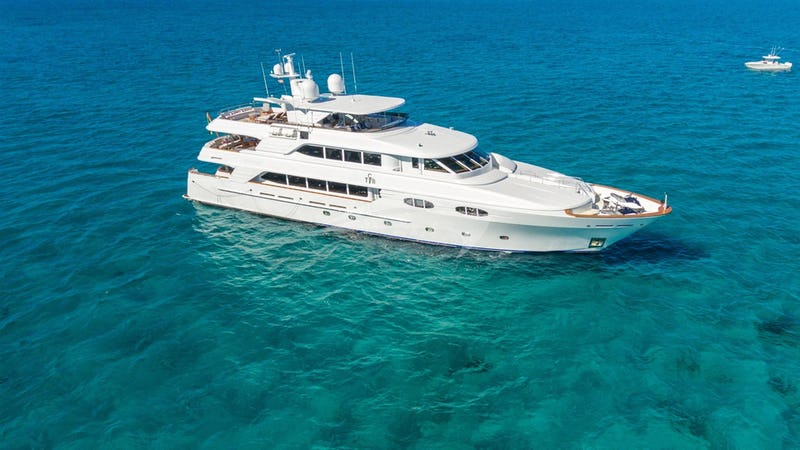 138ft Yacht TCB for Charter Vacation - Builder Richmond