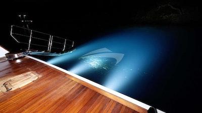 Плавательная платформа