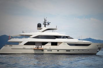 124ft Yacht Y4H