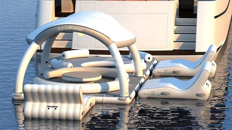 PERSEVERANCE 3 :: 10-person floating island and chaise lounges