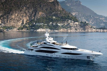 Illusion V Superyacht Charter
