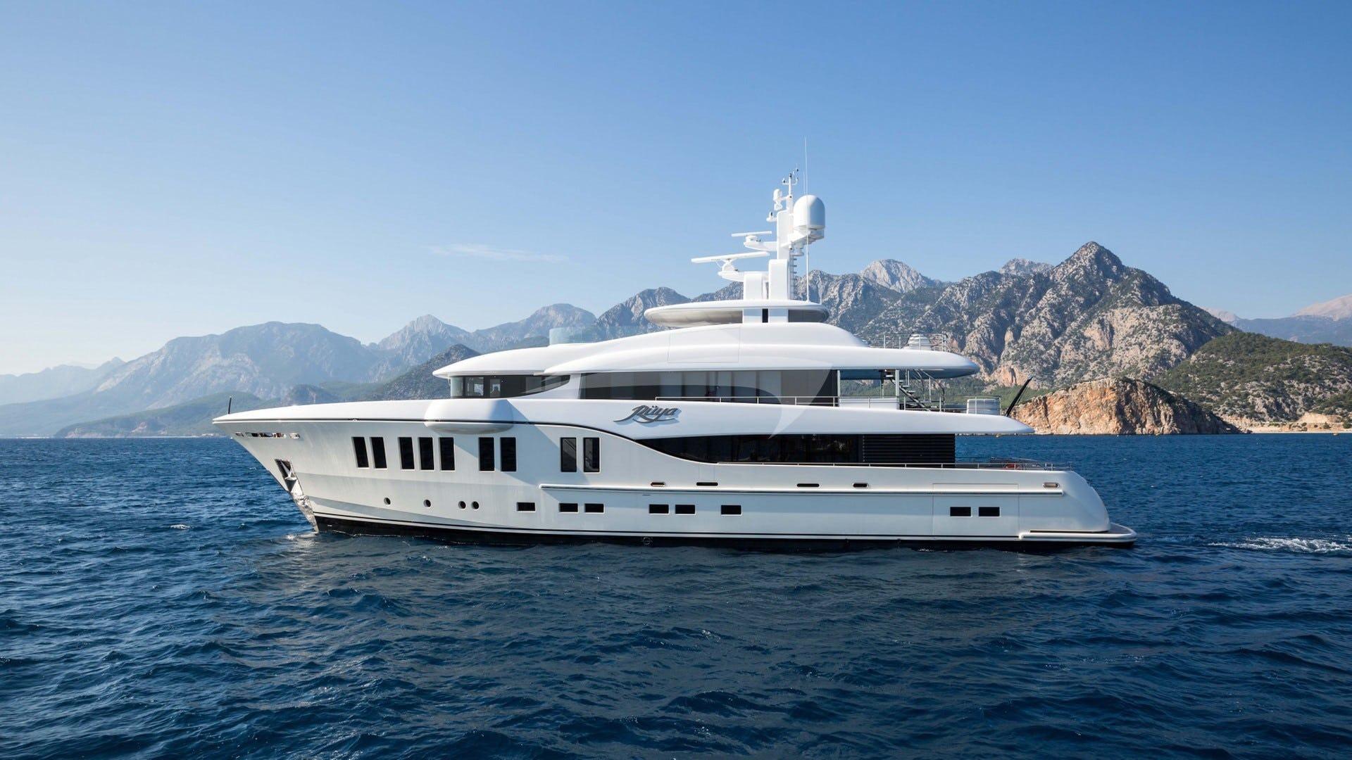 Yacht RUYA Charter Yacht