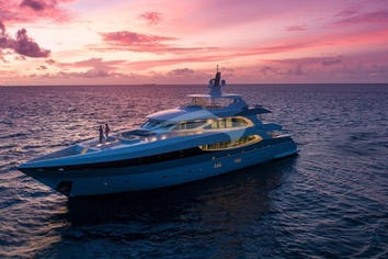 124ft Yacht SEAREX