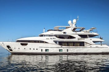 137ft Yacht SOY AMOR