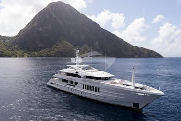 180ft Yacht LAURENTIA
