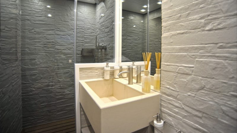 IROCK :: vip bathroom