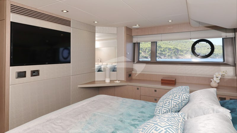 CICO :: Master Cabin with TV