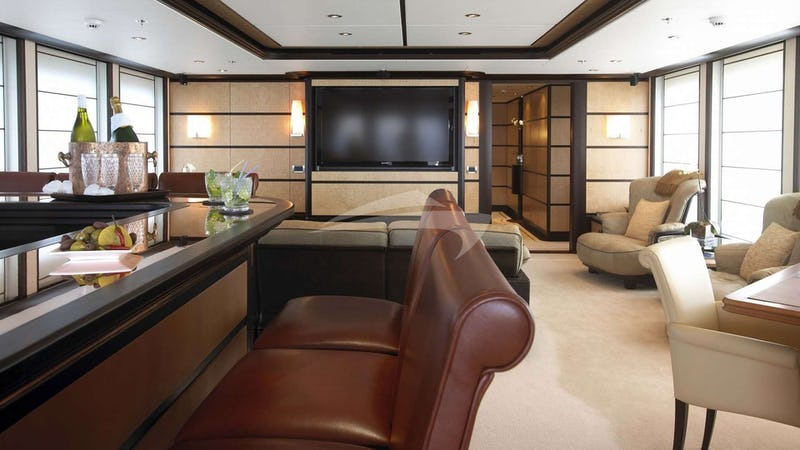 HARLE :: Main Deck lounge