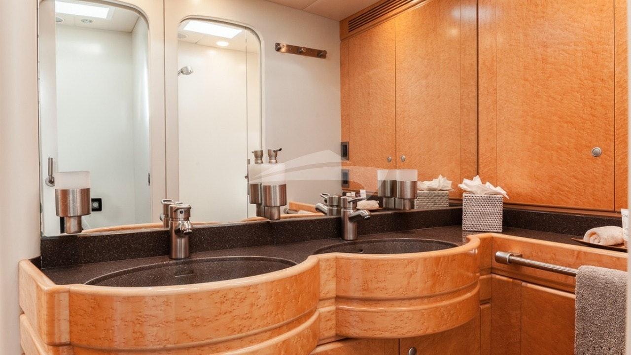 Master cabin's bathroom