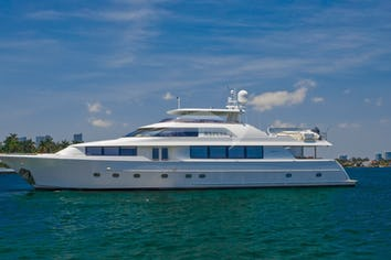 111ft Yacht ALICIA