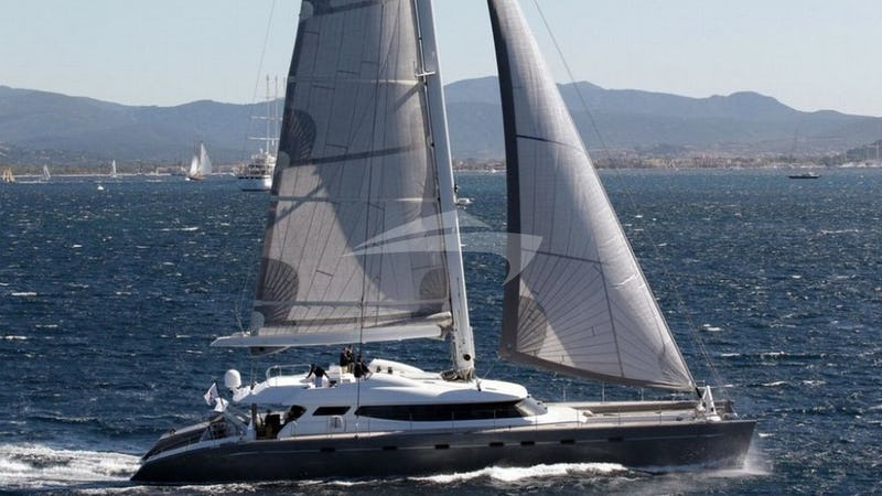 Yacht Charter ALLURES
