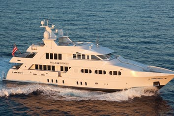 125ft Yacht MILK AND HONEY
