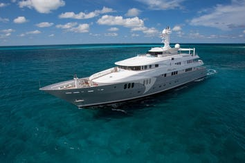 196ft Yacht DREAM