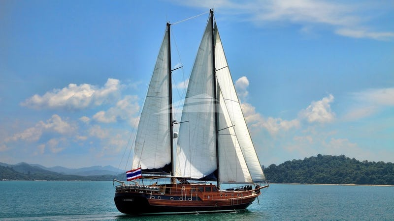 Cruising through Phang Nga's Beautiful Waters