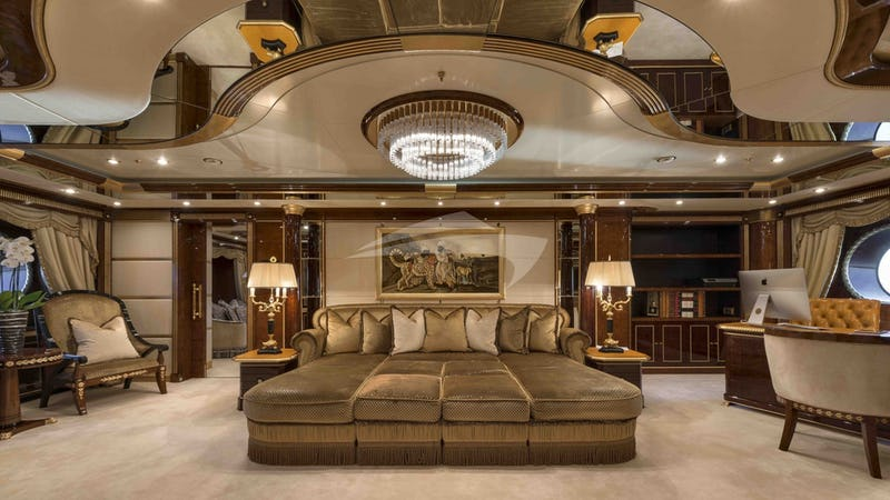 LUMIERE II :: Master Suite