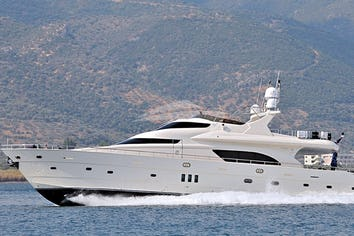 85ft Yacht LADY CAROLA