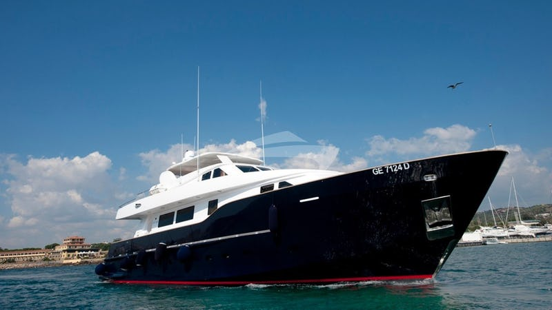 Yacht Charter WOLF TWO