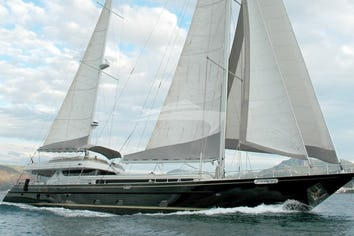 131ft Yacht SUHEYLA SULTAN