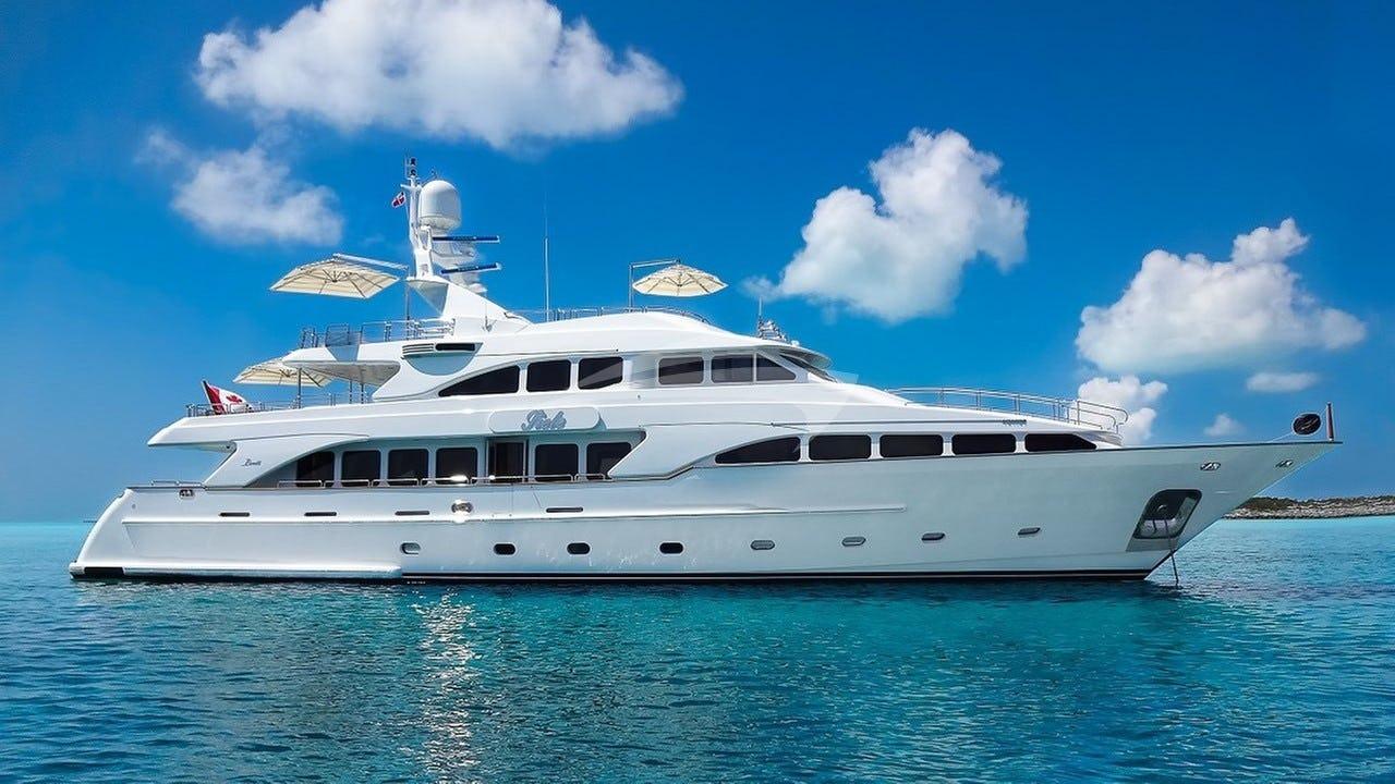 Yacht SIETE Charter Yacht
