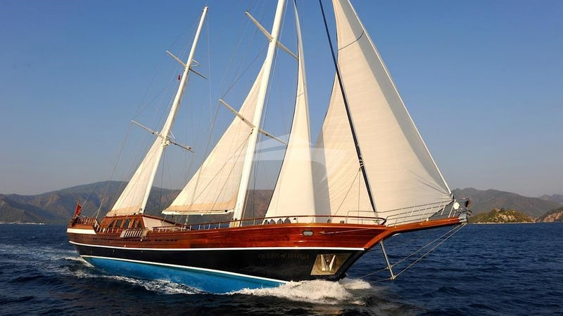 Yacht Charter QUEEN OF DATCA
