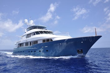 124ft Yacht FORE ACES