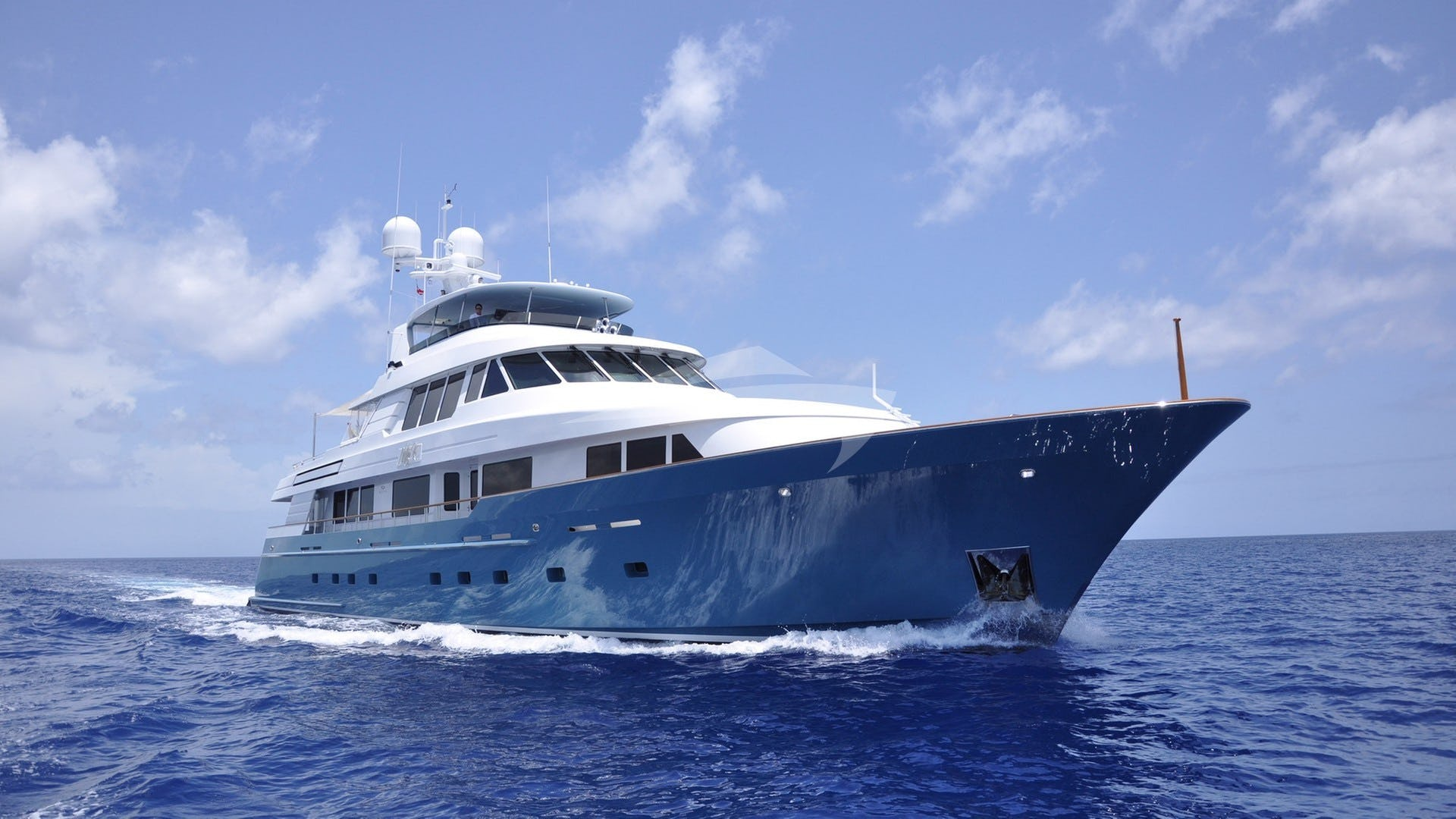 Yacht FORE ACES Charter Yacht
