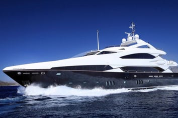121ft Yacht BARRACUDA RED SEA