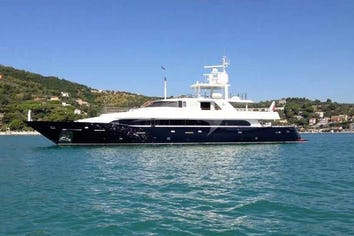 134ft Yacht LADY IN BLUE