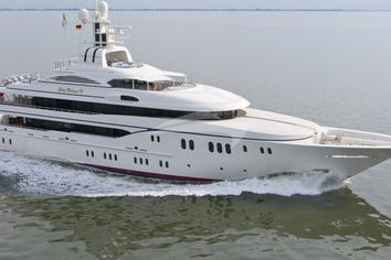 200ft Yacht LADY KATHRYN V