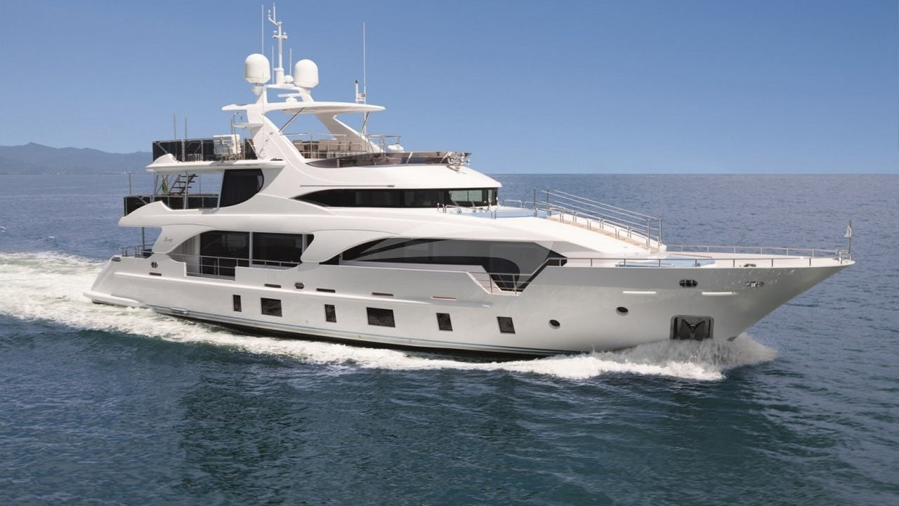 Yacht INCONTATTO Charter Yacht