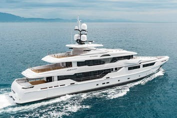152ft Yacht ENTOURAGE