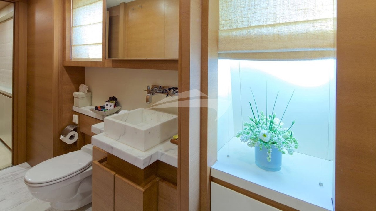 Ванная комната с кабриолетом