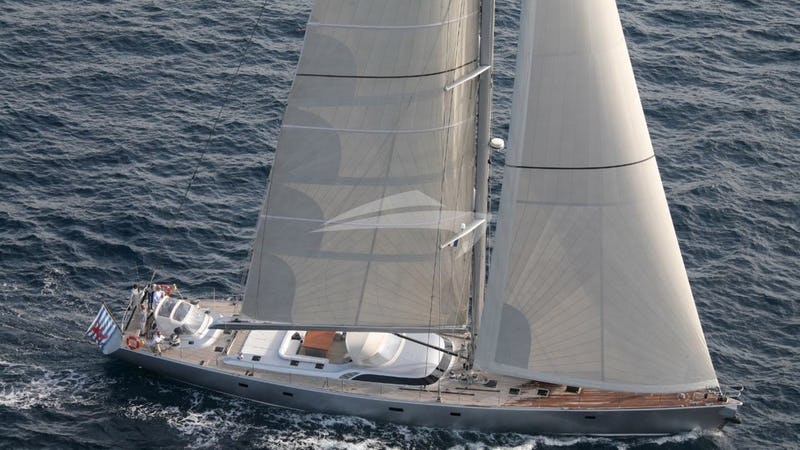 Yacht Charter ATTIMO