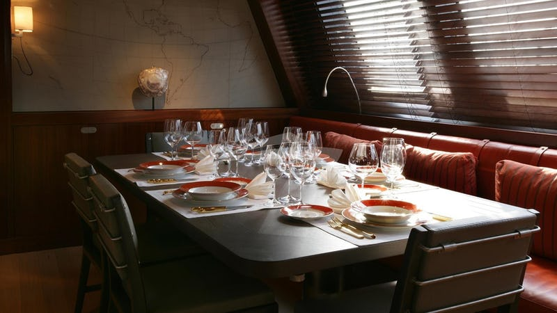 ROSEHEARTY :: Formal Dining