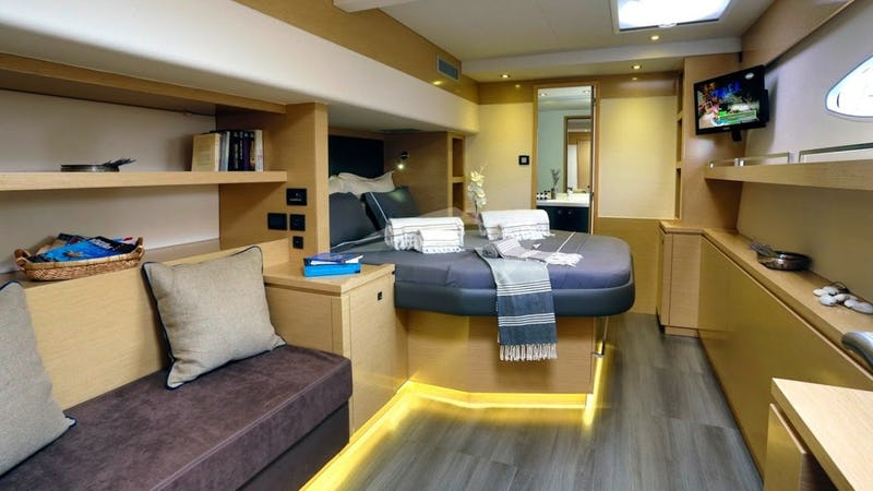 HIGHJINKS :: Master Stateroom