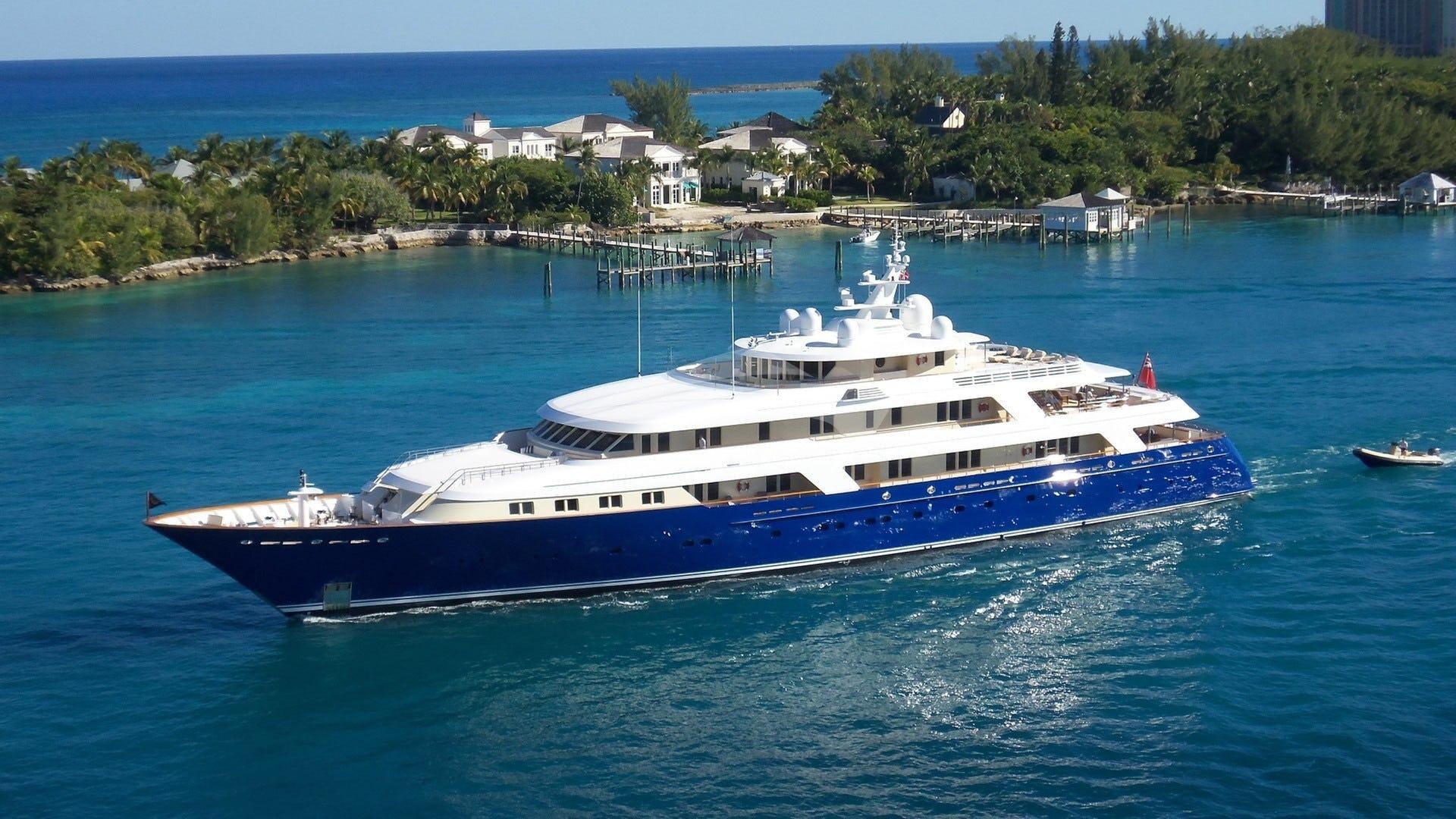 Yacht LAUREL Charter Yacht