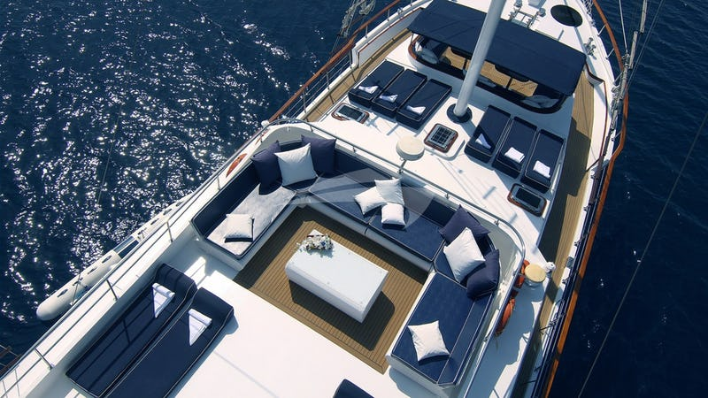 AURUM :: Aerial View of Top Deck
