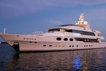 164ft Yacht CASINO ROYALE