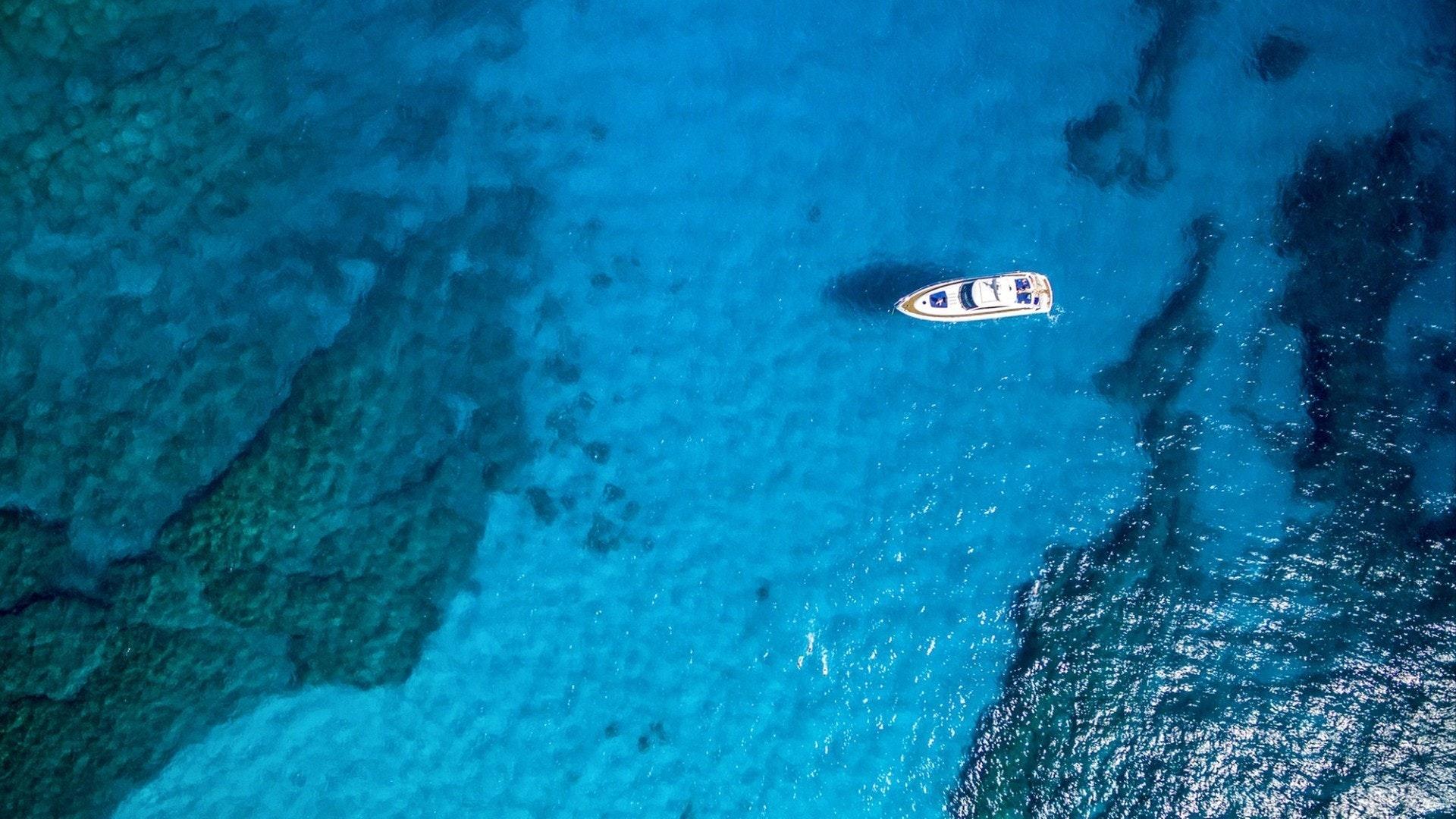 风景优美帆船