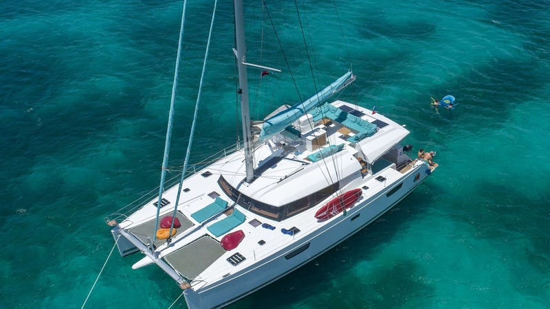 Yacht Charter DREAM SONG