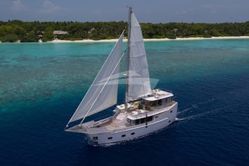 75ft Yacht SONEVA IN AQUA