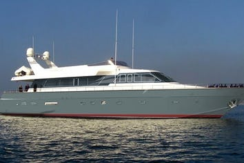 88ft Yacht KISS