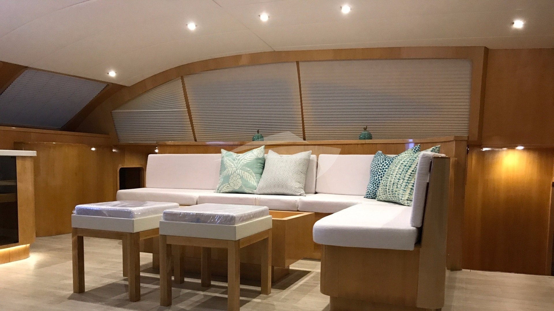 Comfortable Lounge Areas