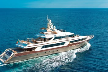 150ft Yacht CLOUD ATLAS